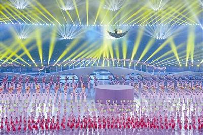 浙江省第十六届运动会湖州开幕 孙杨点燃省运会